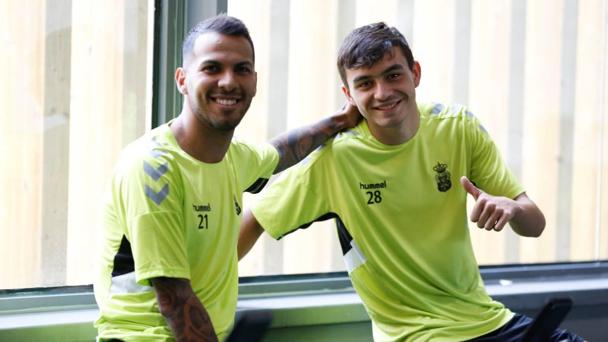 A Jonathan Viera se le espera ante el Oviedo - AS