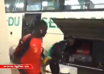 Goal-getter Sadio Mané turns water carrier for Senegal