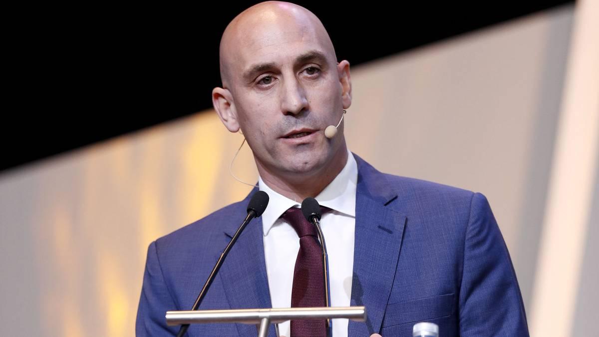 Rubiales está muy bien valorado en UEFA y le animan a ser presidente - AS