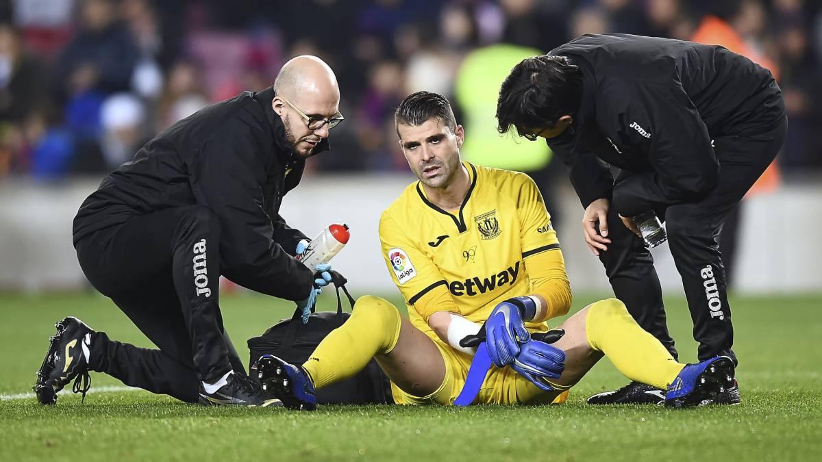Cuéllar y Suárez, reencuentro tras el polémico gol del Camp Nou