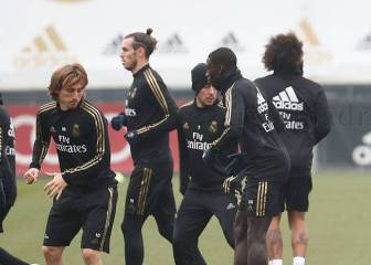 Bale trains with Madrid squad for the first time since Oct. 4