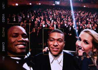 Mbappé's selfie finally takes place with Drogba