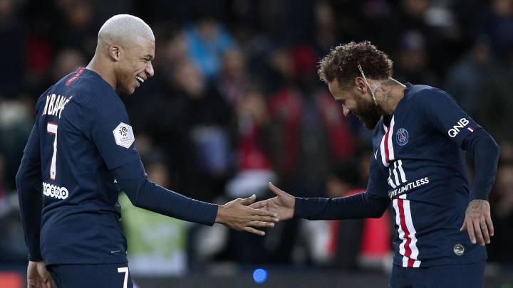 "Resultat d'imatges per a ""celebración mbappe y neymar psg vs amiens 2019"""
