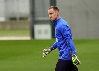 Barcelona's Ter Stegen being tracked by trio of suitors