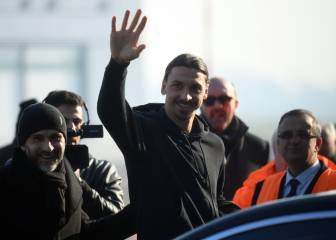 Ibrahimovic touches down in Milan