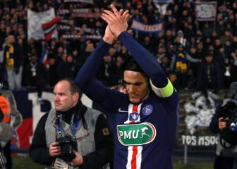Cavani changes his mind about not leaving PSG in January