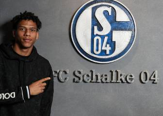 Barcelona's Jean-Clair Todibo loaned to Schalke 04