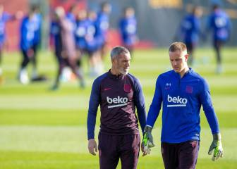 Ter Stegen, Arthur and Riqui Puig in Setién's first list