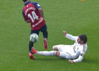 Ramos should have seen red for García tackle - AS resident ref