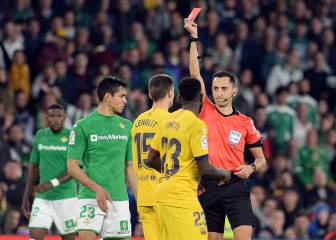 Sánchez Martínez won't referee next weekend after Betis vs Barça debacle