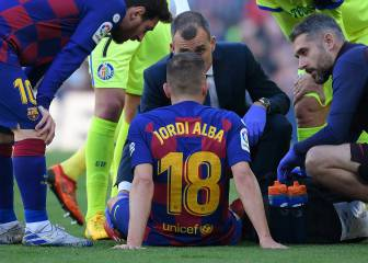 Jordi Alba injured and doubt for Napoli and Clásico