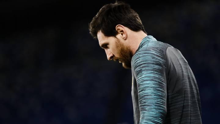 Messi no pudo romper el empate ante el Nápoles.