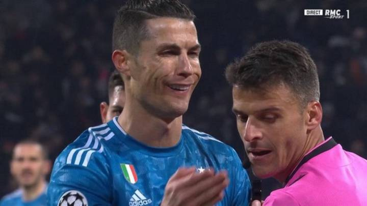 """Cristiano was abandoned"": Italian press fume after Juventus defeat"