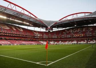 Portuguese tax officials raid Benfica, Porto, Sporting offices