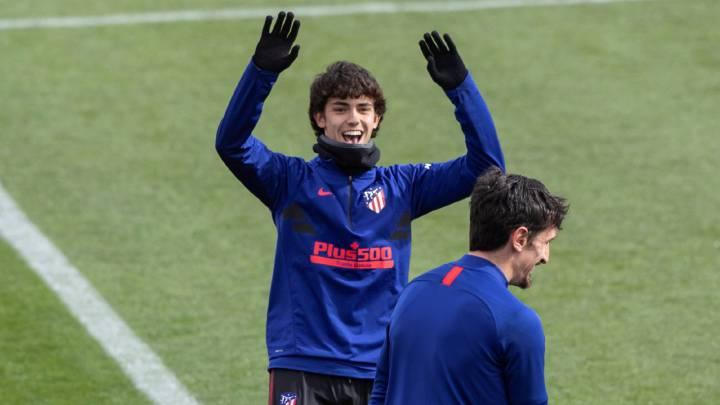 João Félix esta mañana con Savic en el Cerro. Ambos en la lista de 19 para el Sevilla del Cholo.