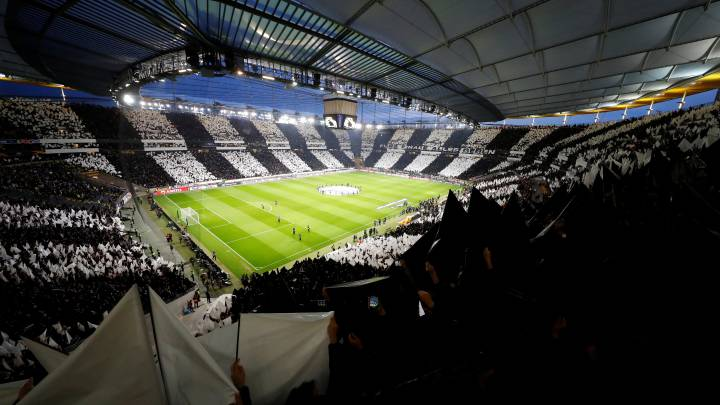 Soccer Football - Europa League Semi Final First Leg - Eintracht Frankfurt v Chelsea - Commerzbank-Arena, Frankfurt, Germany - May 2, 2019  General view of Eintracht Frankfurt fans holding up banners inside the stadium before the match   REUTERS/Kai Pfaffenbach
