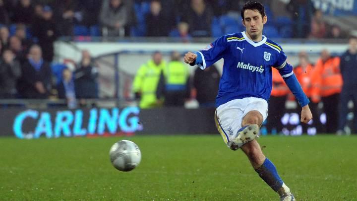 Muere un ex jugador del Cardiff, tras caerse en un pub
