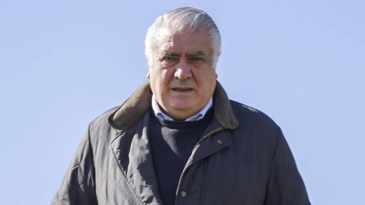 "Ex-Real Madrid president Sanz in ICU and ""giving zero hope"" after coronavirus diagnosis"