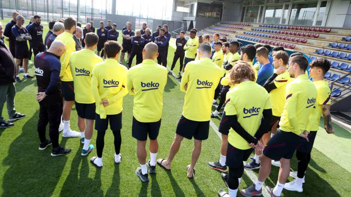 Barcelona working towards April 27 return to training