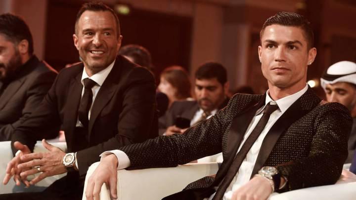 Jorge Mendes, a la izquierda, y Cristiano Ronaldo, a la derecha, han ayudado a la sanidad portuguesa en su lucha contra el coronavirus.