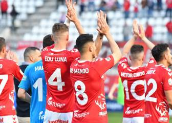 El Real Murcia mira al futuro con la base actual