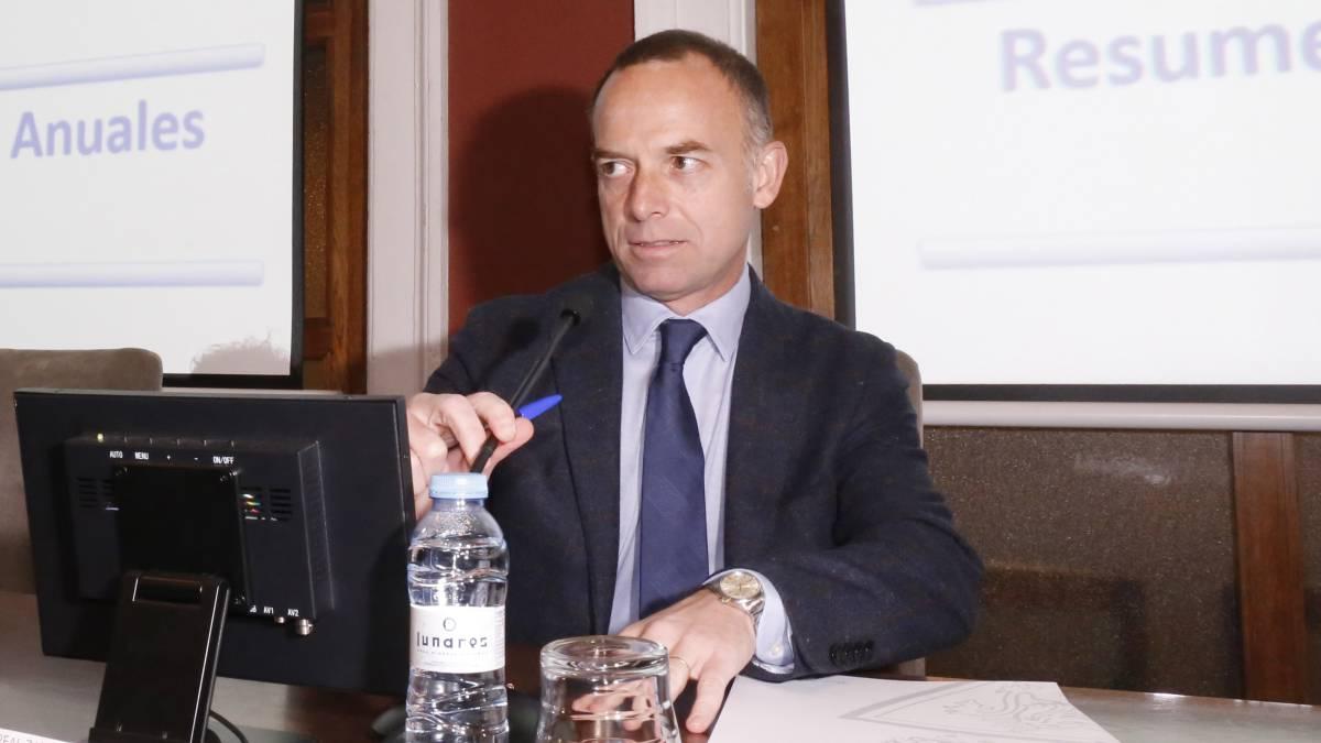 El Zaragoza presenta un ERTE y reduce el sueldo a sus jugadores