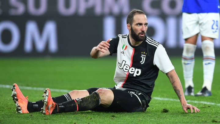 Juventus could cancel Higuaín's contract over coronavirus trip