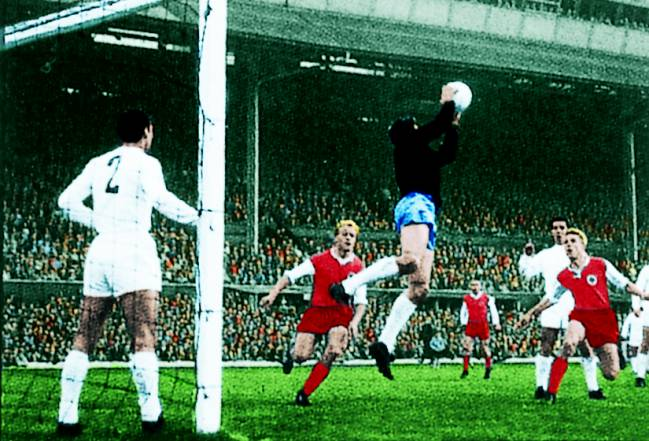 El mejor partido de fútbol de la historia 7