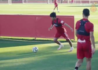 Kubo treats team mates to tasty 'rabona' finish in training