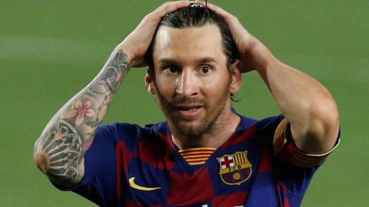 A Messi se le atasca la puerta del gol 700