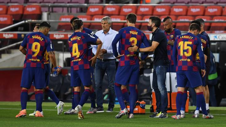 Barcelona: Setién not in imminent danger but far from safe