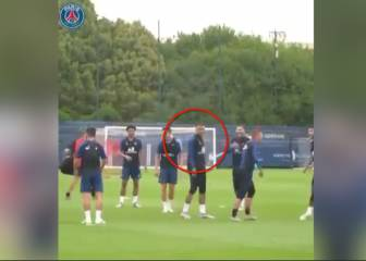 Mbappé mass mocking after naughty Neymar nutmeg