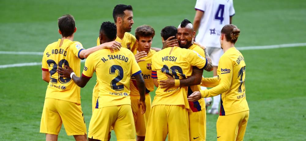 Un Barça agónico retrasa la sentencia del Real Madrid