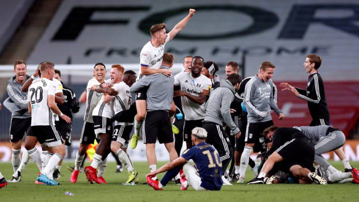El Fulham celebra el ascenso a Premier League