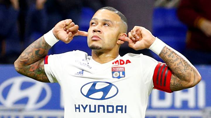 Koeman wants Depay to replace Luis Suárez at Barcelona