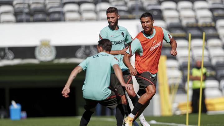 Fernando Santos no sabe si Cristiano podrá jugar ante Suecia