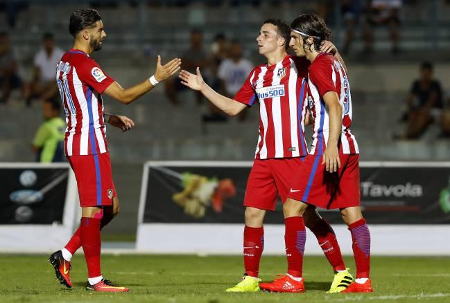 Diogo Jota celebra su gol con el Atlético al Crotone.