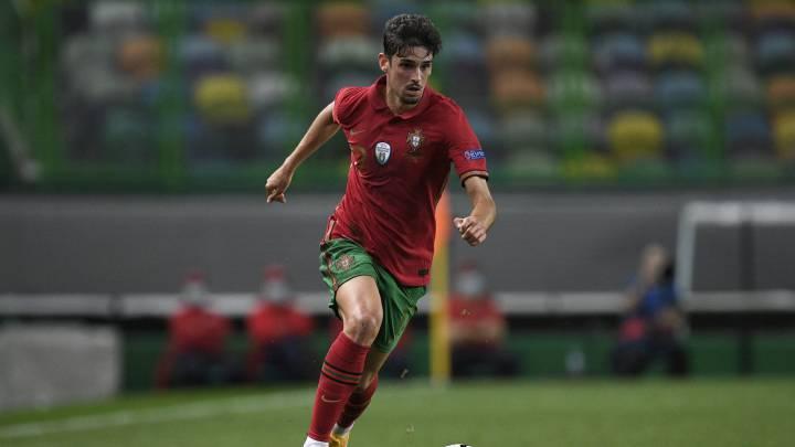 Aprieto para Trincao: Â¿Cristiano o Messi?