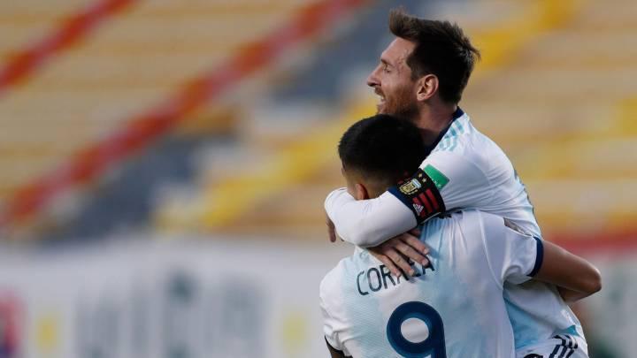 Koeman medita rotar a Messi