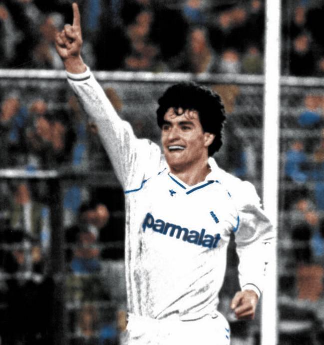 "Míchel: ""Maradona llamó a mi casa para que me fuera al Nápoles"" 5"
