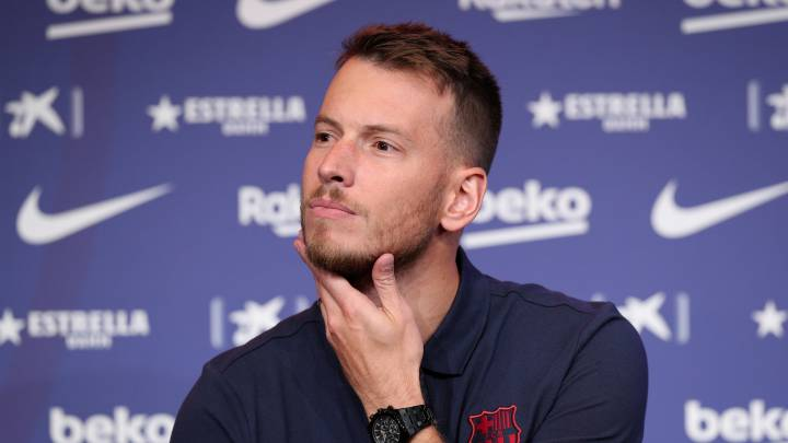 "Barcelona's Neto: ""Taking a wage cut? Everyone has their point of view"""