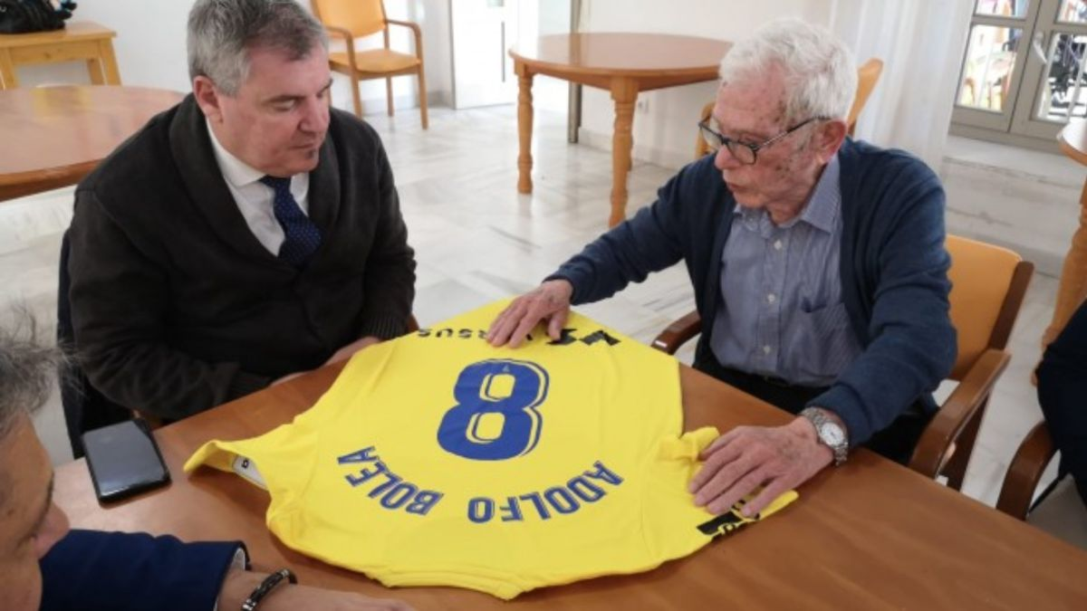 Cádiz dice adiós a Adolfo Bolea, uno de los goleadores históricos del club