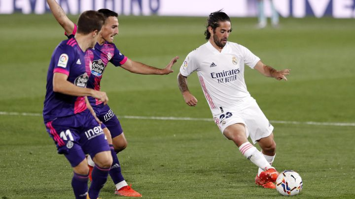 Real Madrid yet to receive offers for Isco amid struggle for game time