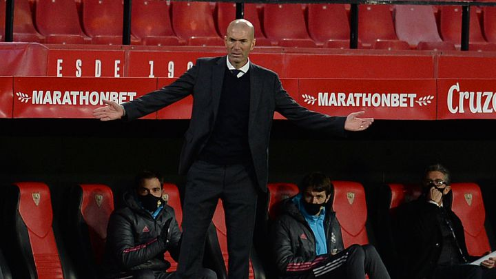 "Real Madrid boss Zidane reflects on ""tough last few days"""