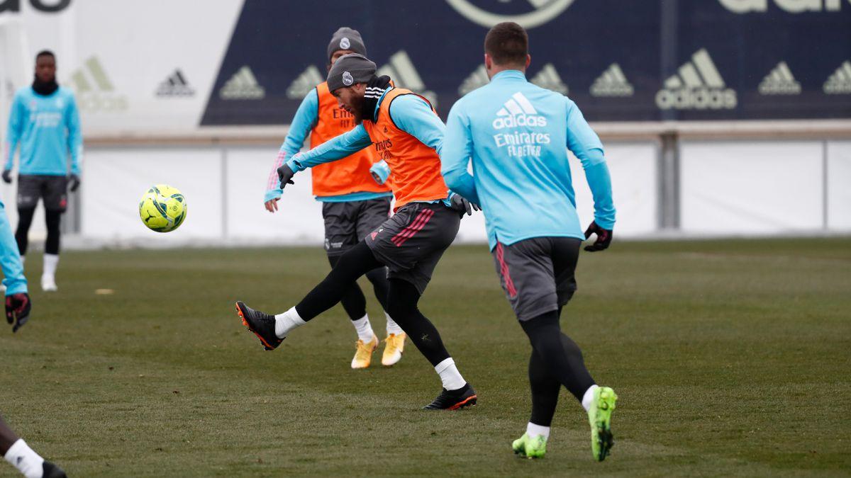 Madrid anticipa el viaje a Pamplona por la nieve