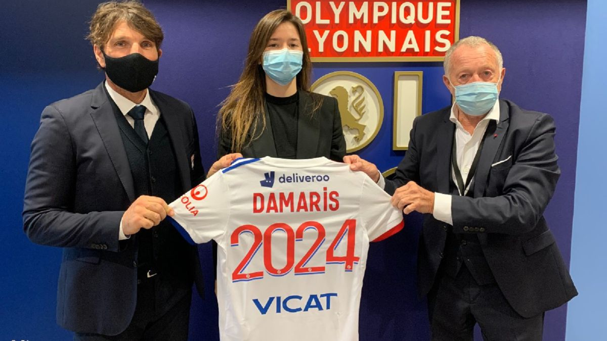Official: Damaris Signs for Almighty Lyon