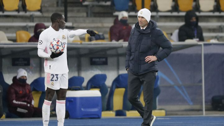 "Férland Mendy: ""The doctor said they might have to amputate my leg"""
