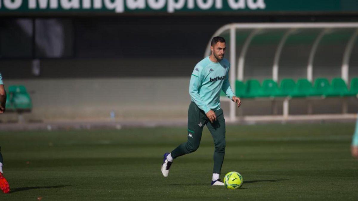 Víctor Ruiz recovers and signs up to visit Cádiz