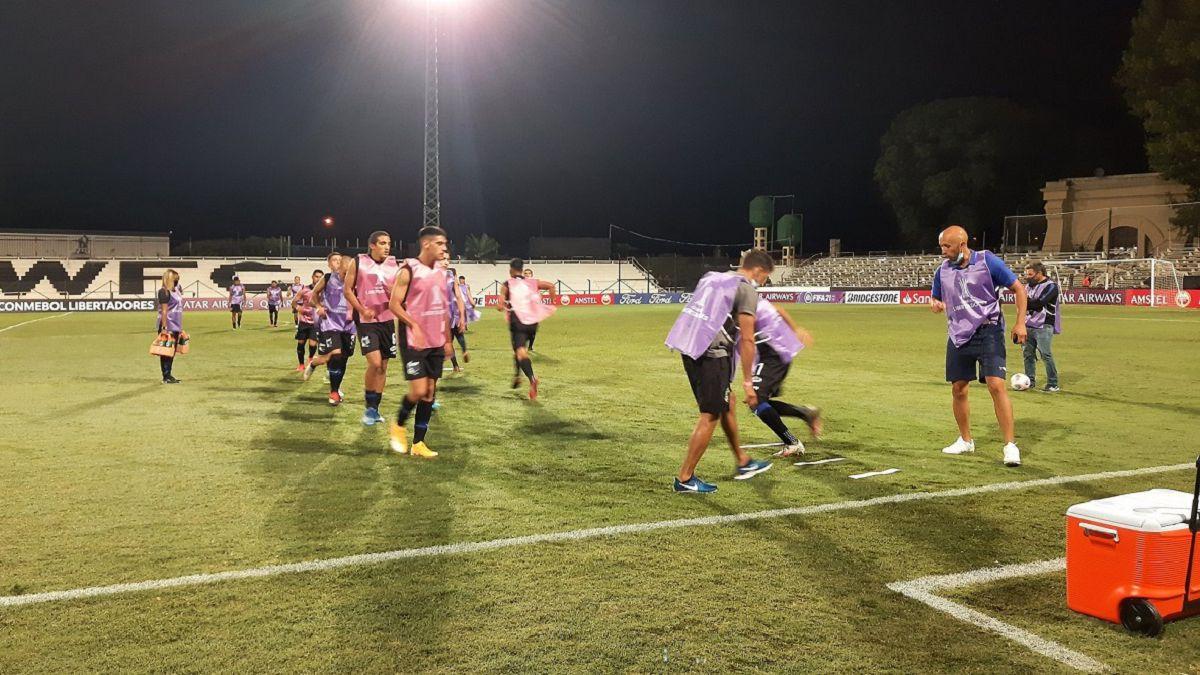 Torres adelanta a Peñarol