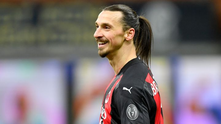 Zlatan Ibrahimovic back in Sweden team for World Cup qualifiers